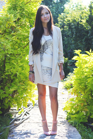 white romwe dress - eggshell Chicwish blazer - pink LuLus heels