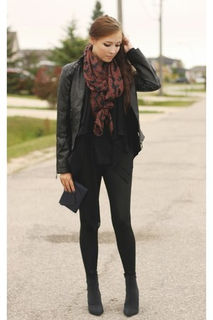 navy chicnova scarf