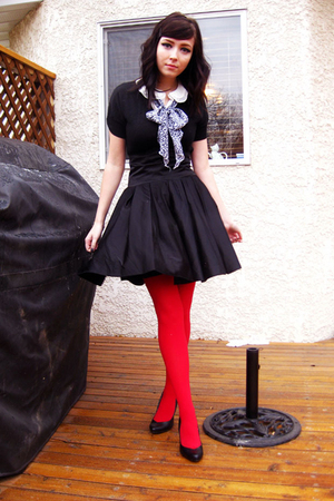black modcloth skirt - red tights