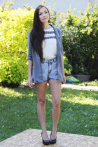 white awwdore shirt - light blue romwe shorts
