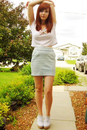 gray garage top - gray Aldo shoes - blue Costa Blanca skirt - pink miss patina n
