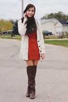 dark brown Spring boots - burnt orange girlfriends material dress