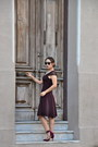 Crimson-deletta-dress-eskell-sunglasses-crimson-zara-heels-h-m-necklace