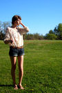 White-vintage-top-brown-thrifted-belt-blue-american-eagle-shorts-brown-nin