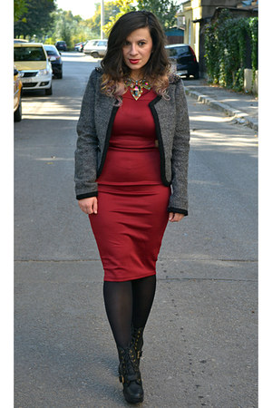 black kurtmann boots - ruby red AX Paris dress - heather gray joy fashion blazer