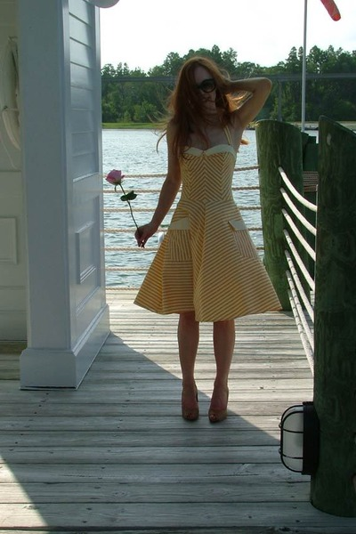 yellow unknown - gifted dress