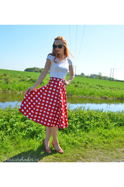 ruby red circle skirt skirt