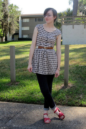 cream H&M dress - black Walmart jeans - ruby red Salt Water sandals