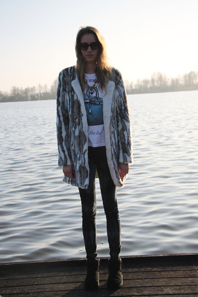 light brown misha coat - black Ugg boots - blue happiness shirt