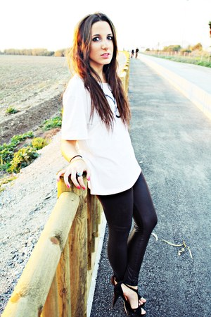 volcom shirt - BLANCO leggings - Zara heels