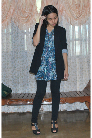 Zara tuxedo blazer - Thrifted sheer drop waist tunic - Zara leggings - Charles &amp;