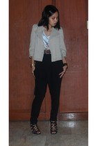 Imaroon blazer - Rene Derhy top - Charles and Keith belt - Zara pants - Casio Da