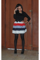 Bayo top - custom made skirt - Soda shoes - bow belt