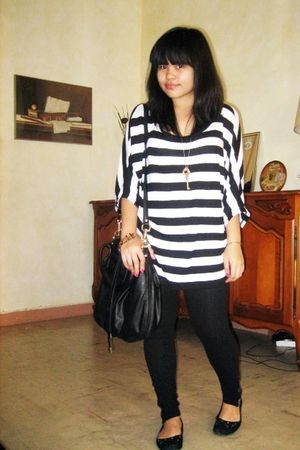 black Zara blouse - black H&M purse - black Mango leggings - black mims shoes -