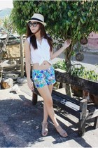 aquamarine floral print sm dept store shorts - white Levis top - gold retro casi