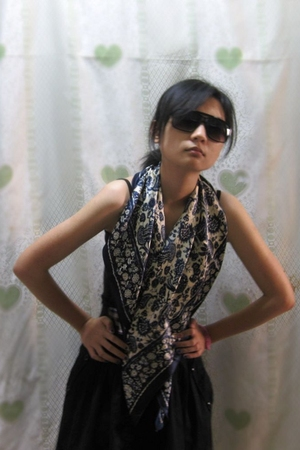 sunglasses - scarf - dress