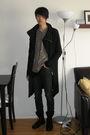 Black-rick-owens-coat-beige-nice-collective-cardigan-black-mb999-top-gray-