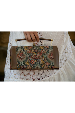 camel floral clutch vintage purse