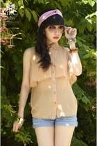 Gelibean Couture blouse - Mango sunglasses