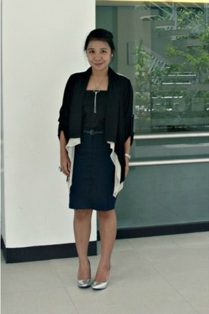 Mango skirt - Dorothy Perkins shoes - The Ramp top