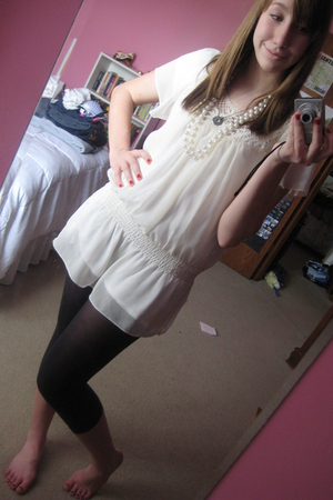forever 21 dress - tights - American Eagle shirt - necklace