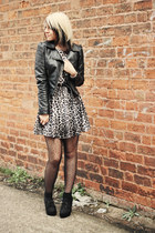 heather gray own the runway dress - black H&M jacket - black new look wedges
