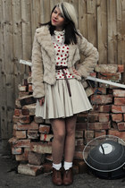 white Forever 21 cardigan - bronze new look boots - beige Quiz jacket