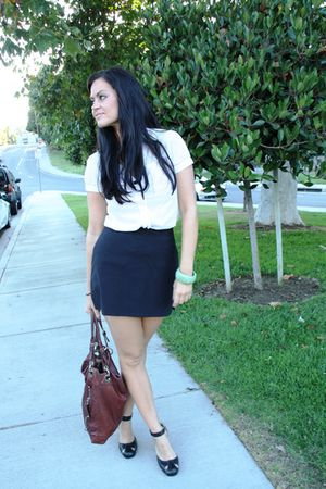B Makowsky bag - Forever21 blouse - max studio thrifted skirt - Forever 21 shoes