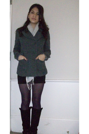 black H&M skirt - purple Forever 21 tights - black Spring boots - gray Forever 2
