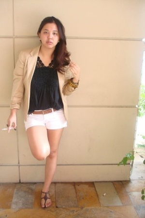 Hong Kong market top - Ralph Lauren blazer - Topshop shorts - YSL belt - parisia