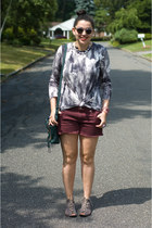 JewelMint necklace - 31 Phillip Lim bag - American Eagle shorts