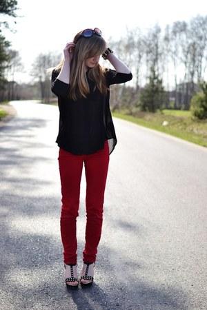red Stradivarius pants