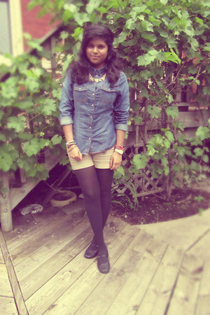 Target tights - Urban Behaviour shorts - H&M accessories - H&M top - Ardene neck