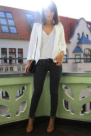 white Zara blazer