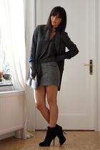 Massimo Dutti coat - Zara skirt
