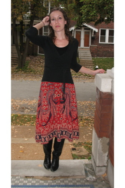 Gap sweater - skirt - aigner shoes