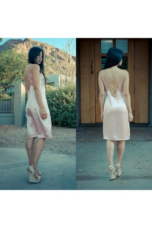 nude Motel Rocks dress - beige Shoedazzle wedges