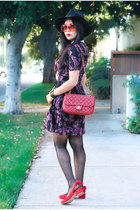 Wearing floral, violet, and pops of red inspired by Avon's new fall collection!