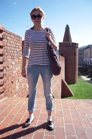 H&M t-shirt - LTB jeans - Pilgrim purse - Newlook socks - Newlook shoes - Marc b