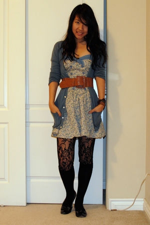 black floral Forever21 tights - blue dress - blue BCBGgirls cardigan