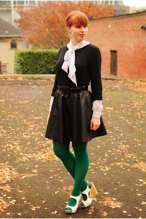 green American Apparel tights - black sweater - black faux leather H&M skirt
