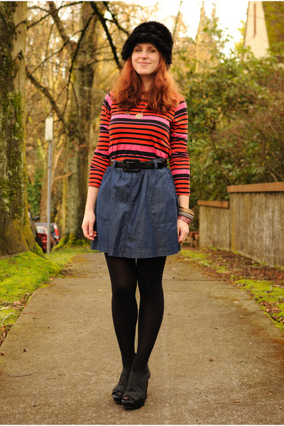 black Fred Meyer hat - StyleMint shirt - navy Gap skirt - black Lulus wedges