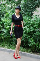 black Alexander Wang dress - black Eugenia Kim hat - red dune shoes - red dune b