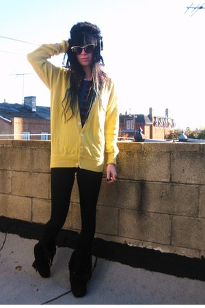 yellow vintage cardigan - blue H&M t-shirt