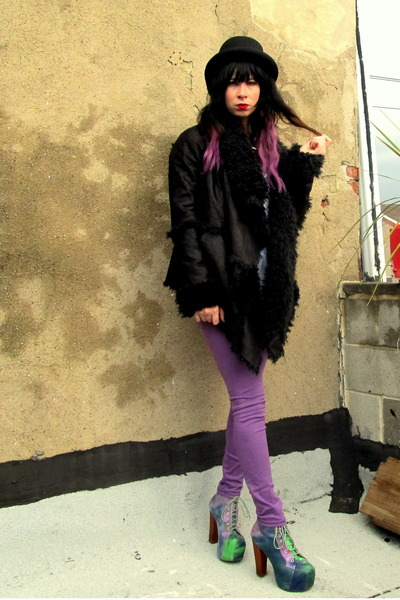 black lora UNIF jacket - amethyst tie dye Jeffrey Campbell shoes