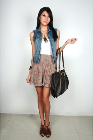 Freeway vest - intimate - skirt - accessories - shoes - Folded & Hung necklace