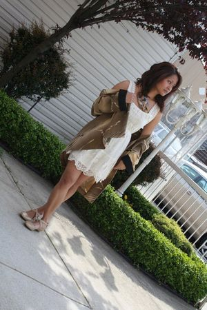 Forever 21 dress - miz mooz shoes - vintage belt - vintage blazer
