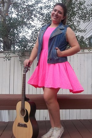 JCPenney vest - Converse shoes - H&M dress