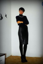 navy Zara sweater - black basic 90 den Zara tights