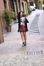 Zara-shorts-senso-heels